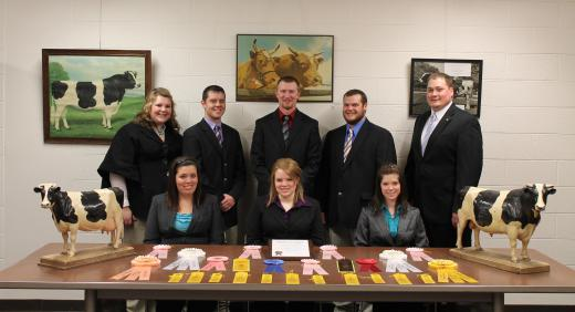 Dairy>2011 Dairy Judging Team Archive